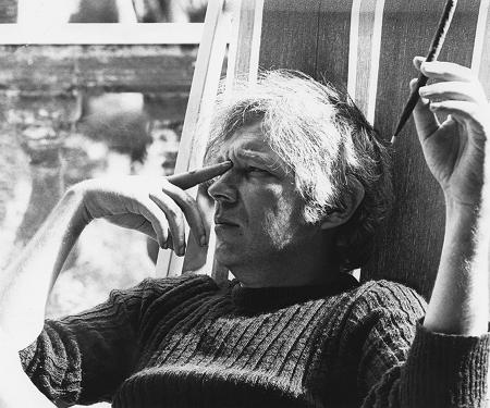 Thomas Harlan mit Zigarre (undatiert)